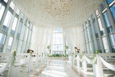 光り差す結婚式場 チャペル 挙式会場