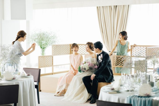 結婚式 ゲストと写真