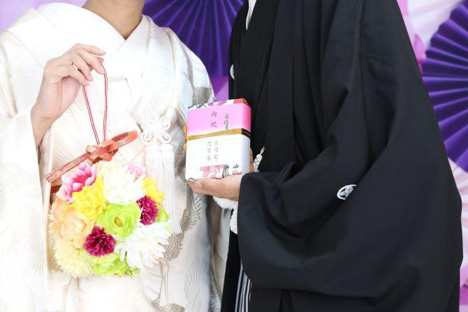 和婚におすすめのボールブーケ